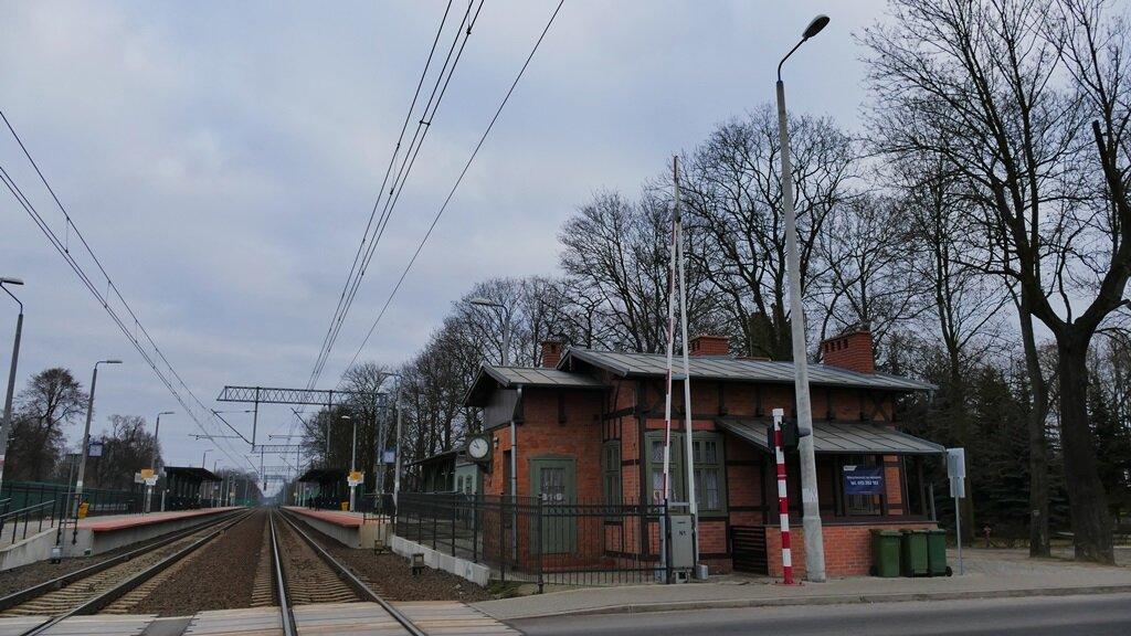 dworzec kolejowy puszczykowo